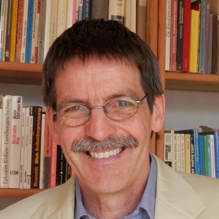 Dr. Matthias Moch